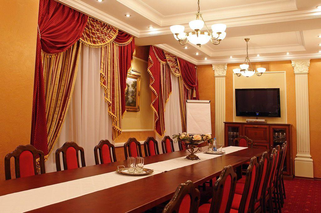 Малий конференц-зал